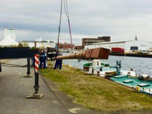 Mast einrüsten @ Am Schmiedinghafen | Dortmund | Nordrhein-Westfalen | Deutschland
